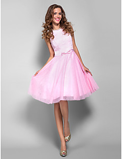 TS Couture® Cocktail Party / Homecoming / Prom / Holiday Dress - Short Plus Size / Petite A-line Bateau Knee-length Lace / Tulle with Bow(s)