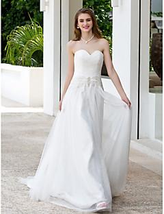 A-line/Princess Plus Sizes Wedding Dress - Ivory Court Train Sweetheart Tulle