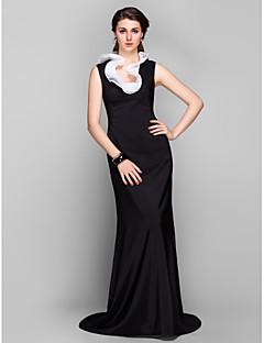 Formal Evening Dress - Black Plus Sizes Sheath/Column Jewel Sweep/Brush Train Stretch Satin