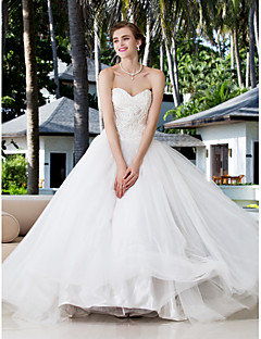 Lanting Bride® Ball Gown Petite / Plus Sizes Wedding Dress - Classic & Timeless / Glamorous & Dramatic Floor-length SweetheartCharmeuse /