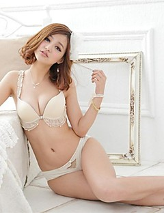 Cotton/Lace Sexy Solid Color Push-Up/3/4 Cup Bra Set(Black/White)