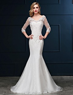 Trumpet / Mermaid Wedding Dress - Elegant & Luxurious Lacy Looks Sweep / Brush Train V-neck Lace / Tulle with Appliques / Beading