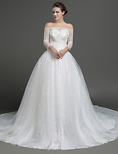 Ball Gown Wedding Dress - Ivory Chapel Train Off-the-shoulder Lace / Tulle