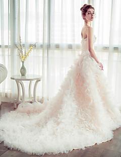 볼 드레스 웨딩 드레스 채플 트레인 끈없는 스타일 튤 와 꽃장식
