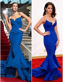 Robe - Bleu royal Bal militaire/Soirée formelle Sirène Sans bretelles Balayage / pinceau train Mousseline polyester Grandes tailles