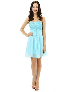 Knee-length Chiffon Bridesmaid Dress A-line Strapless with Appliques / Beading / Crystal Detailing