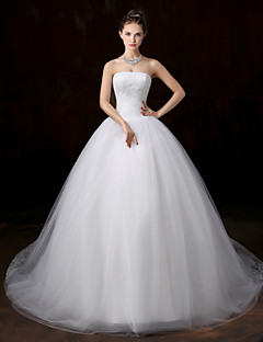 Ball Gown Wedding Dress - Classic & Timeless Vintage Inspired Court Train Strapless Lace / Tulle with Appliques