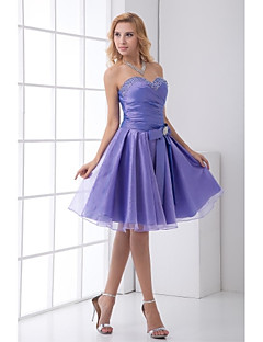Lanting Bride® Knee-length Taffeta Bridesmaid Dress - A-line Sweetheart with Bow(s) / Crystal Detailing
