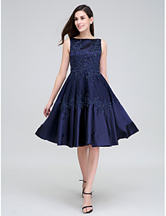 TS Couture® Cocktail Party Dress A-line Bateau Knee-length Lace / Stretch Satin with Appliques / Beading / Lace
