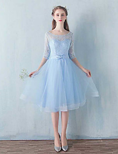 Knee-length Lace / Tulle Bridesmaid Dress A-line Scoop with Bow(s)