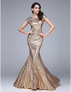 2017 TS Couture® Formal Evening Dress Trumpet / Mermaid Bateau Court Train Sequined with Sequins