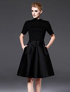 frmz nők formális egyszerű kis fekete dresssolid nyakú térd felett rövid ujjú fekete pamut / nylon / spandex