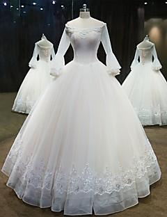 Princess Wedding Dress Floor-length Bateau Tulle with Beading / Lace