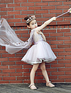 Ball Gown Knee-length Flower Girl Dress - Tulle Stretch Satin V-neck with Beading Embroidery Flower(s)