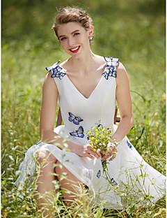 Trapèze Robe de mariée - Chic & Moderne Brillant & Séduisant Petites Robes Blanches Courte / Mini Col en V Tulle avec Fleur