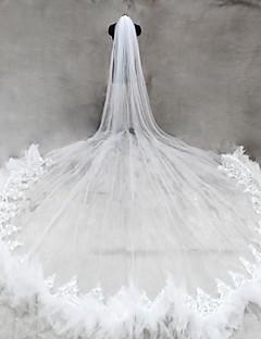 Menyasszonyi fátyol Egykapcsos Katedrális fátylak Csipke szegély Tüll-hálóval