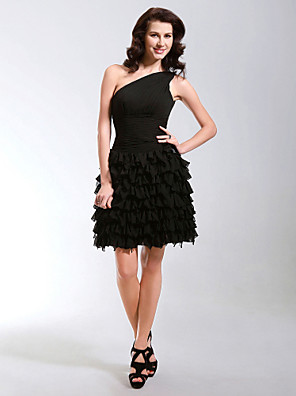 Cocktailparty / 16-års dag Kjole - Lille sort kjole A-linje / Prinsesse Etskuldret Kort / mini Chiffon med Sidedrapering / Lag