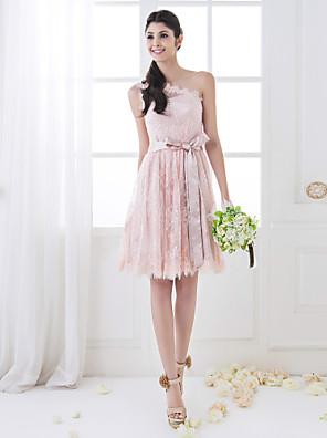 Lanting Bride® באורך  הברך תחרה אמא ובת שמלה לשושבינה - גזרת A כתפיה אחת פלאס סייז (מידה גדולה) / פטיט עם סרט