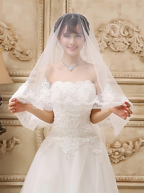 Wedding Veil One-tier Fingertip Veils Lace Applique Edge 59.06 in (150cm) Tulle Ivory