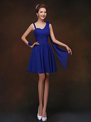 קצר \ מיני נשרך שמלה לשושבינה - מעטפת \ עמוד רצועות ספגטי עם פרח(ים)