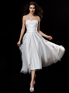 Lanting Bride® A-line Petite / Plus Sizes Wedding Dress Asymmetrical Strapless Satin / Tulle with