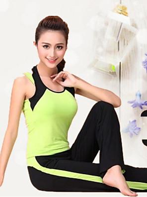 ריצה מדים בסטים לנשים חצי שרוול נושם / חומרים קלים מודלים יוגה / כושר גופני ספורטיבי בגדי ספורט מתיחה הצגה / אימון ירוק / אפוראביב / קיץ