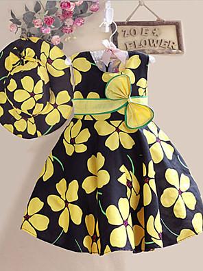 Robe de fille de fleur de printemps