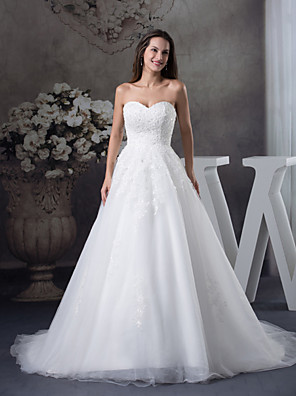 A-line Wedding Dress Court Train Sweetheart Satin / Tulle with Appliques / Beading