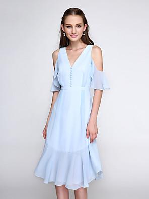 Até os Joelhos Chiffon Vestido de Madrinha - Elegante Linha A Decote V com Botões
