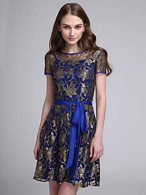 Lanting Bride® Krátký / Mini Krajka Elegantní Šaty pro družičky - A-Linie Klenot s Mašle / Šerpa / Stuha