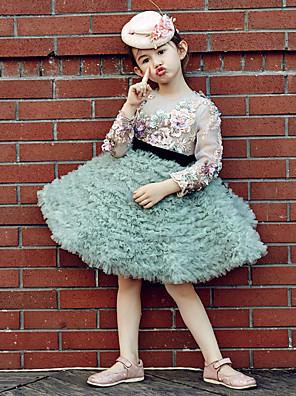 נשף באורך  הברך שמלה לנערת הפרחים  - טול / סאטן נמתח שרוול ארוך עם תכשיטים עם ריקמה / קפלים / נצנצים