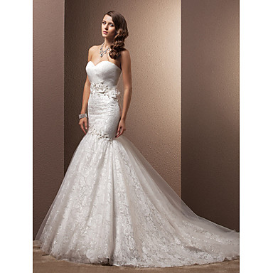 Lanting Bride® Fit & Flare Petite Wedding Dress - Classic & Timeless / Glamorous & Dramatic Vintage Inspired Court Train SweetheartLace /