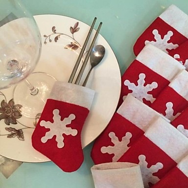 6Pcs/Set Christmas Snow Stocking Cutlery Tableware Holder Decoration