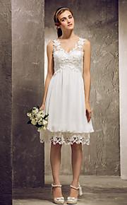 Homecoming Bridesmaid Dress Knee Length Chiffon And Lace A Line Princess V Neck Dress (682808)