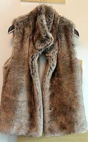 gilet de fourrure avec col mode épaisse sans manche permanent en faux parti de fourrure / veste décontractée