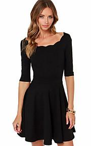 rodada colar preto das mulheres encaixam-line mais um vestido de tamanho