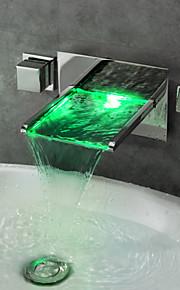 모던 주방,욕조수전(Centerset) LED / 폭포 with  브라스 발브 두 핸들 네 구멍 for  크롬 , 샤워 수전 / 욕조 수전 / 주방 수도꼭지 / 욕실 싱크 수도꼭지