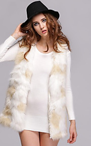 Women's Plus Size / Casual/Daily / Party/Cocktail Sexy / Simple Fur Coat,Solid V Neck Sleeveless Fall / WinterWhite /