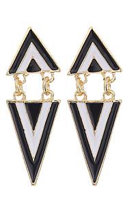 European Style 2016 Fashion Women Black White Geometric Triangle Earrings Punk Jewelry Dangle Earrings For Women