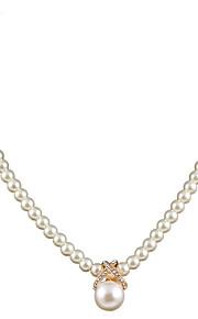 Modische Halsketten Halsketten Schmuck Perle / Aleación / Strass / versilbert / vergoldet Hochzeit / Party / Alltag / NormalGoldfarben /