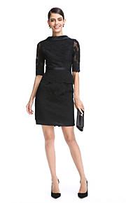 TS Couture® Cocktailfest Klänning - Den lilla svarta Åtsmitande Hög hals Kort / mini Spets Satäng medApplikationsbroderi Spets Bälte /