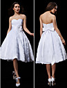 Lanting Bride Ball Gown Petite / Plus Sizes Wedding Dress-Knee-length Sweetheart Lace / Taffeta