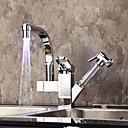 現代風 プルアウト/プルダウン デッキマウント LED with  セラミックバルブ シングルハンドルつの穴 for  クロム , 水栓